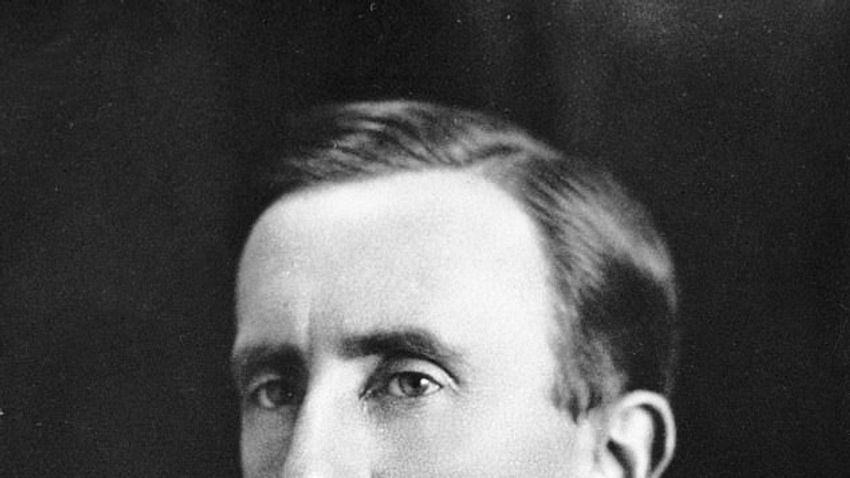 J. R. R. Tolkien határtalan fantáziavilága · Negyvenéves A Gyűrűk Ura magyar kiadása