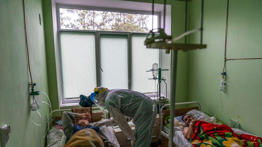 Ukrajnában gyorsan nő a koronavírussal fertőzöttek száma