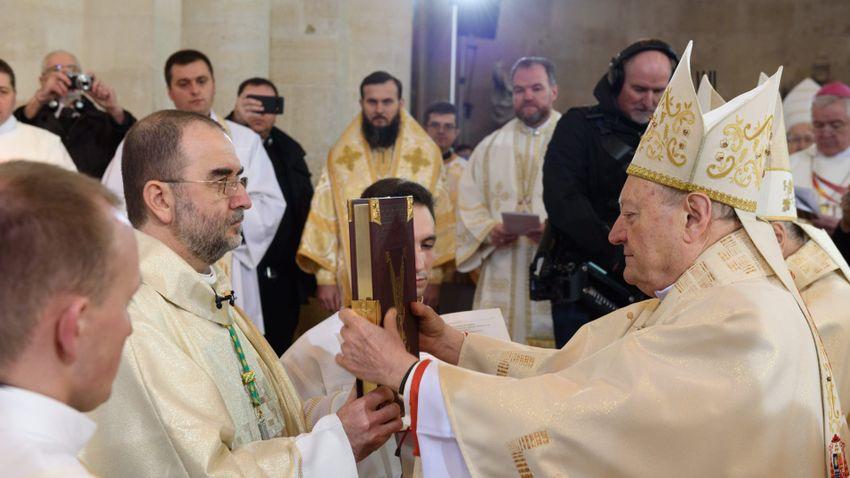 Gyulafehérváron püspökké szentelték Kovács Gergelyt