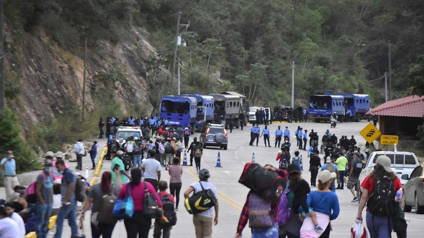 Kétszázezer felett a határsértők száma az Egyesült Államokban