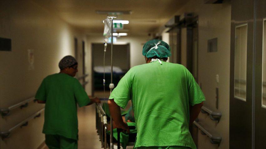 Nem hallgatja le senki az egészségügyi dolgozókat