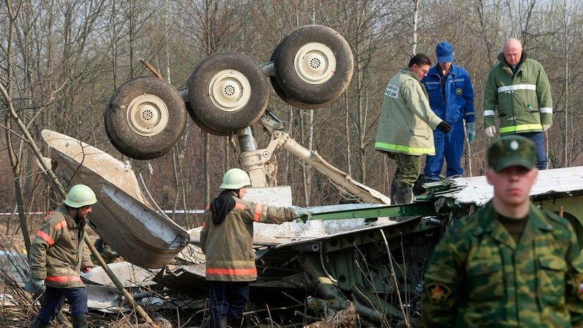 Tizenegy éve zuhant le a lengyel köztársasági elnök gépe