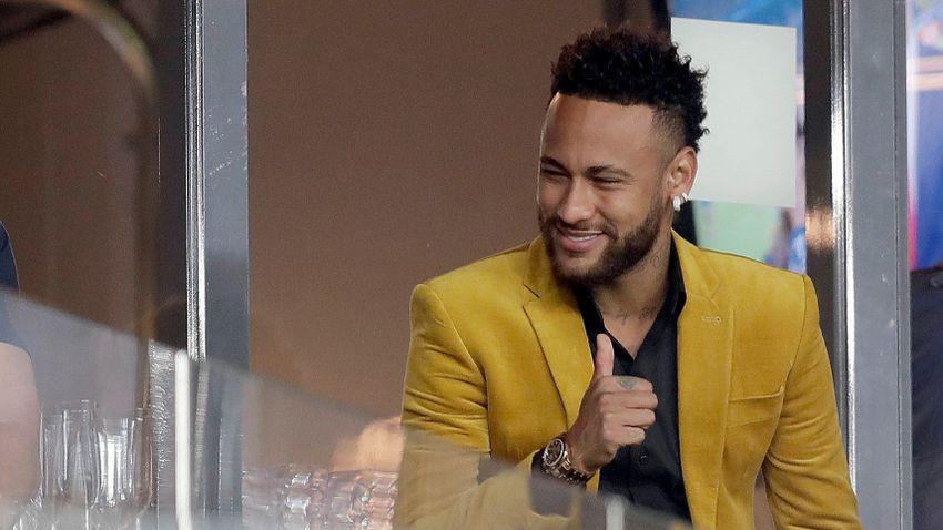 Neymar új kosárpályáját a legnagyobb NBA-sztárok portréja díszíti