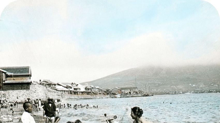 Ismeretlen világutazó fényképei a Kolta Galériában