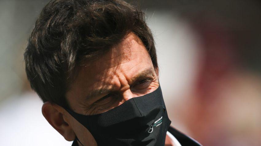 Wolff és a Mercedes a Red Bull elleni óvással fenyegetőzik