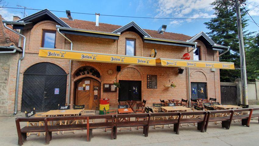 Hangulatos gasztro-kocsma Zentán: Mojo pub
