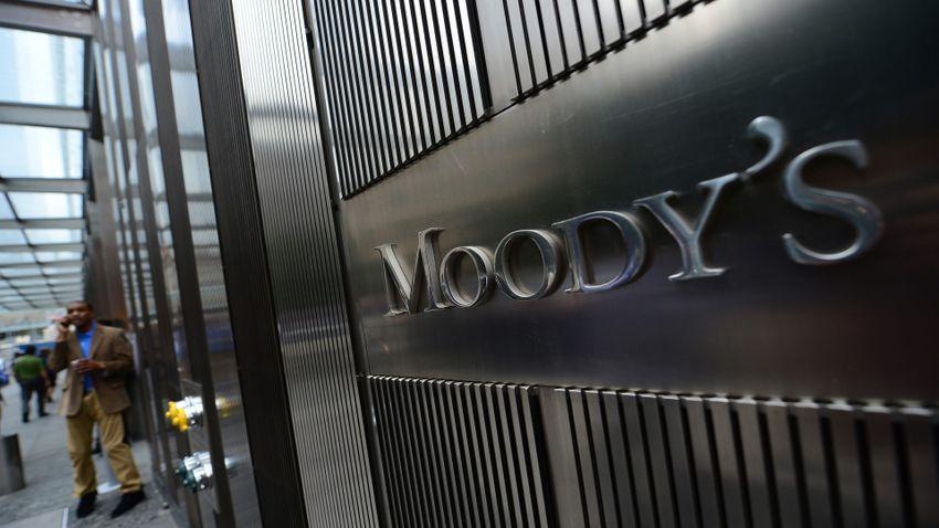 A Századvég szerint meglepetés a Moody's felminősítése