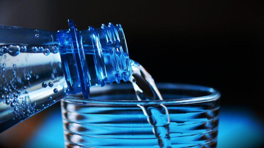 Ennyi vizet kell meginnia a különböző korosztályúaknak