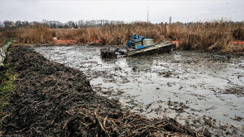A dunai olajszennyezésről beszélget podcastjában Áder János