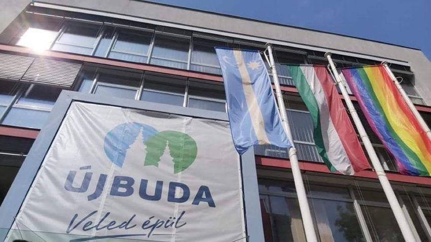 Újbuda is beszállt: EU-s zászló megy, szivárványos marad
