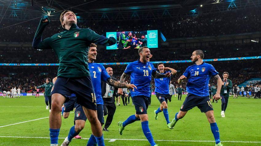 Az olaszok hőse a sérült társának ajánlotta a győzelmet