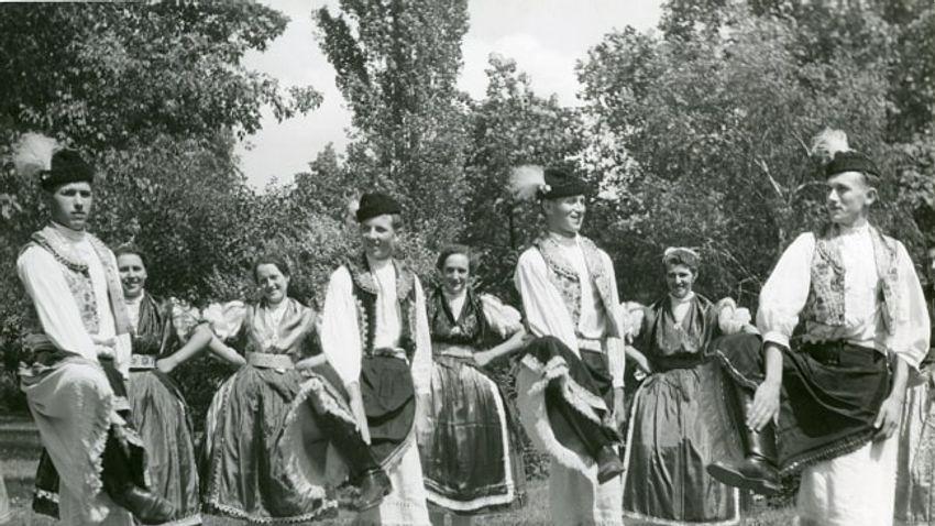 Táncold körbe Magyarországot online!