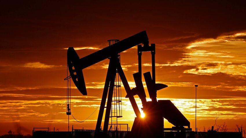 Megállapodtak a kitermelés növelésében az OPEC+ tagjai