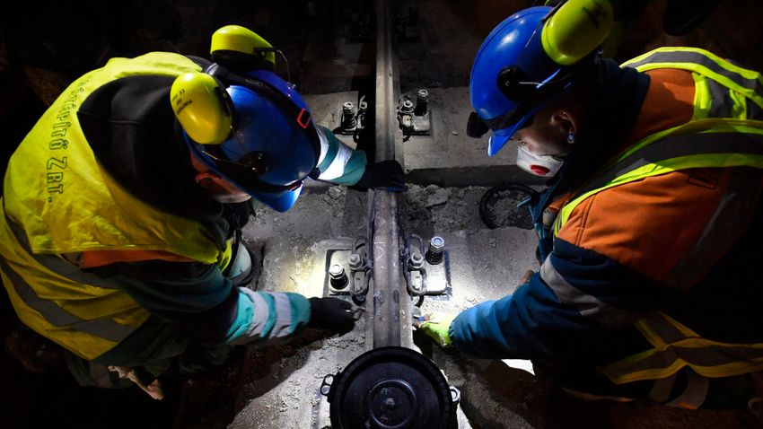 Félig leállt a 3-as metró felújítása