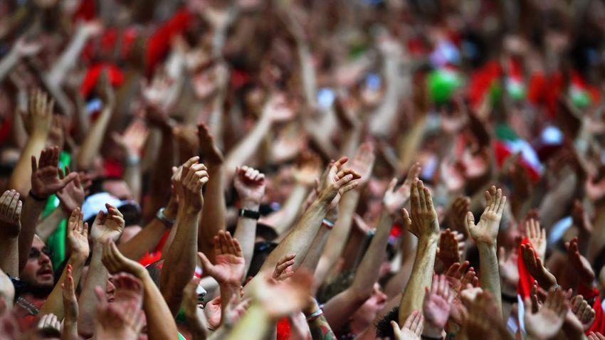 A külföldi sajtó biztosra veszi, hogy elhalasztják a foci Eb-t