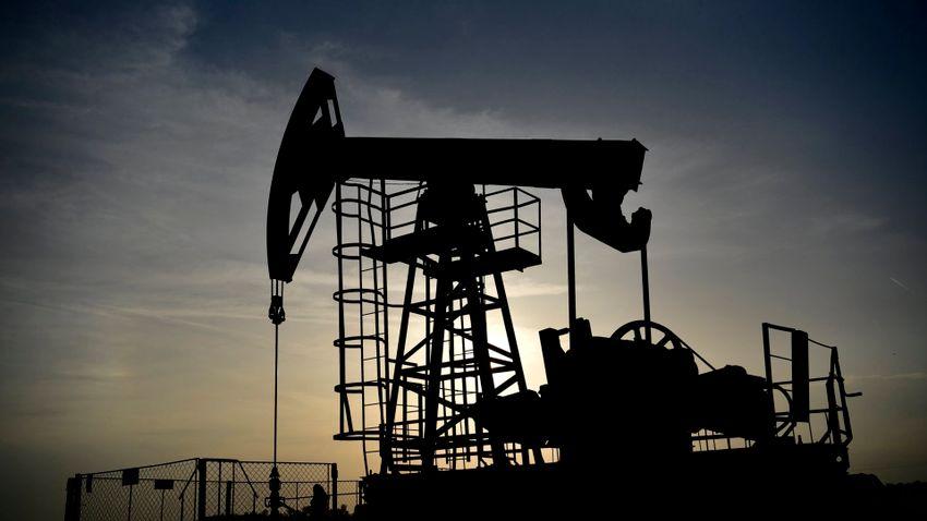 Régen látott csúcsra emelkedett az olaj ára