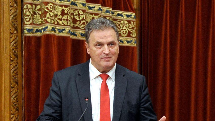 A magyar nagyköveteknek kis miniszterelnökként kell dolgozniuk