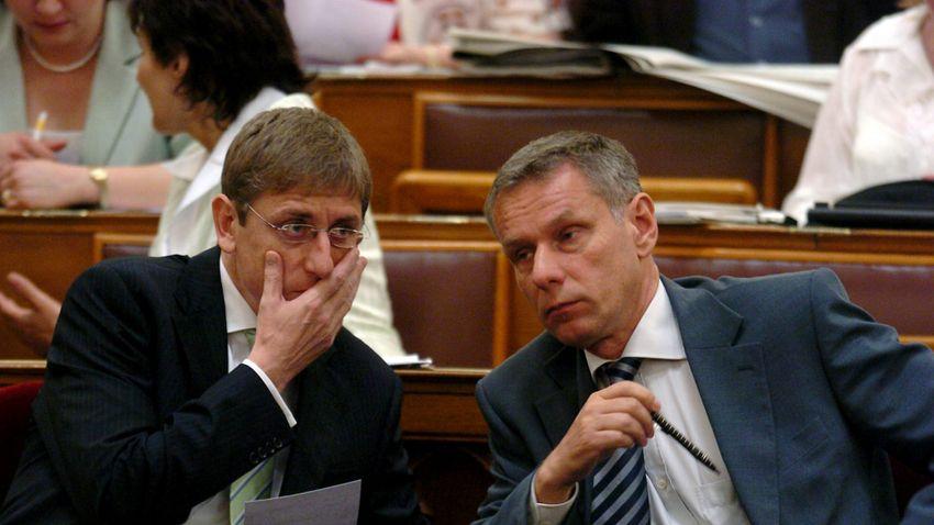 Szilvásy György még mindig Gyurcsányékat mentegetné a 2006-os események kapcsán