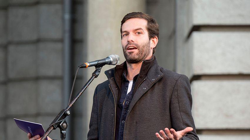 A kormányt vádolják, miközben totális amatörizmus jellemzi a baloldali előválasztást
