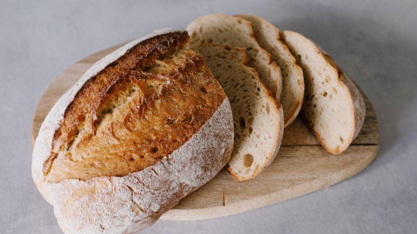 Tényleg ne együnk kenyeret, ha diétázunk?