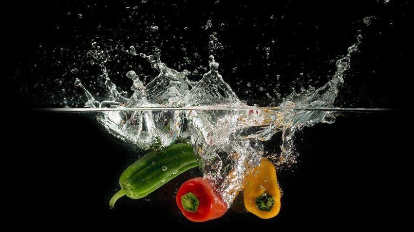Így mossa tisztára a zöldségeket és gyümölcsöket!