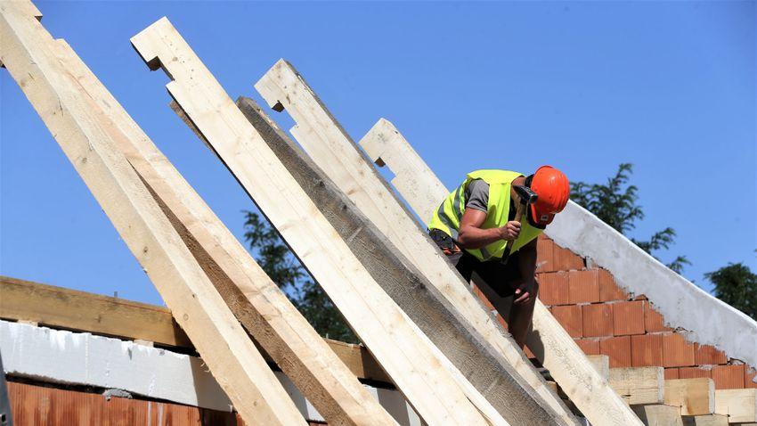 Meg kell fékezni az építőipari drágulást