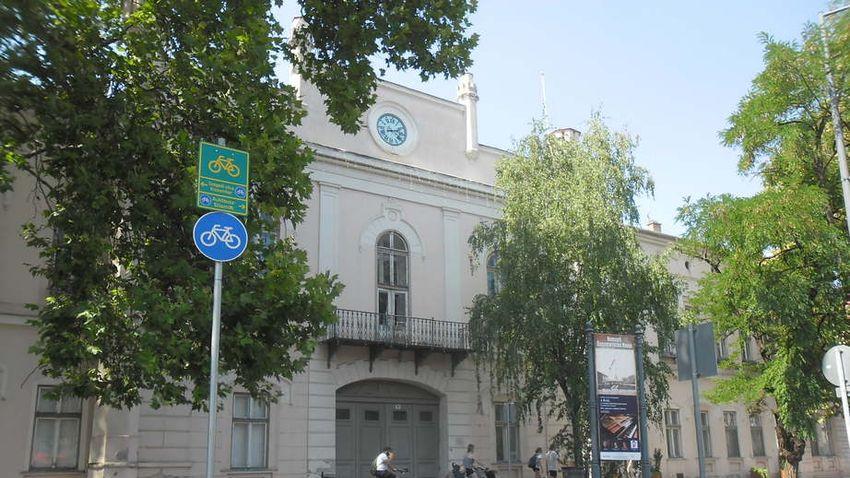 Elkelt végre a régi makói városháza, gyógyszállóvá alakítják át