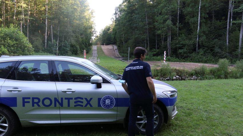 A Frontex segítségét sürgeti az EU a lengyel-belarusz határon