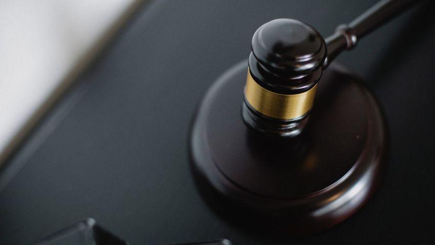 Mégsem kap büntetést a homoszexuálisoknak visszafordító kezelést ajánló madridi coach