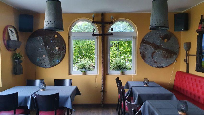 Hol hit és akarat vállvetve küzd – Maurer Oszkár fine dining étterme Hajdújáráson