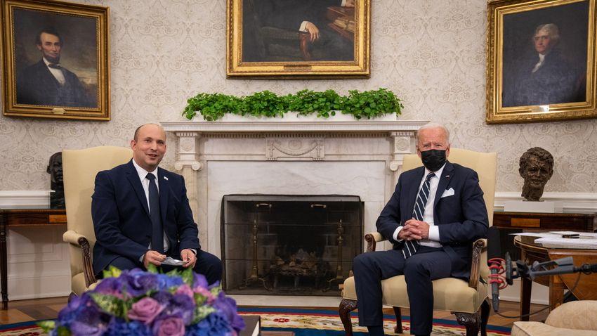 Elaludt Biden, miközben az izraeli kormányfővel tárgyalt?