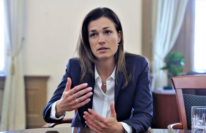 Varga Judit: Soha nem adjuk fel!