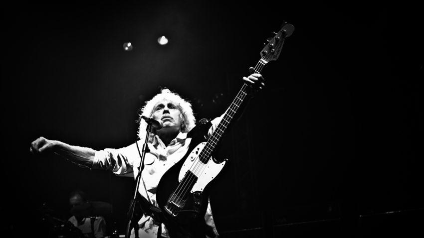 Elhunyt Alan Lancaster, a Status Quo basszusgitárosa