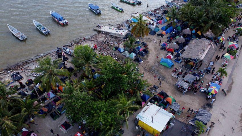 Ezúttal haiti migránsok özönlötték el az amerikai–mexikói határt
