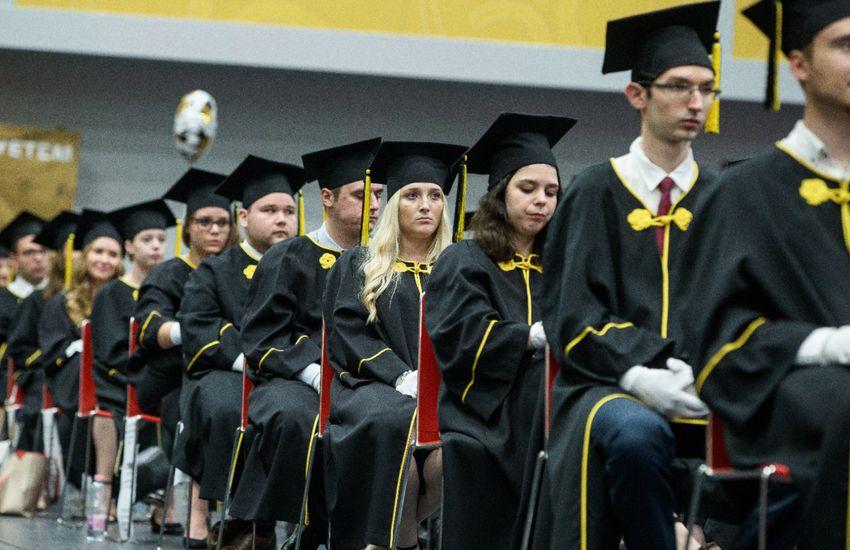 Június végéig meghosszabbítják a Diákhitel Plusz lehetőségét