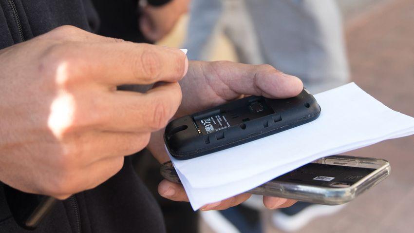 Nehezebb lett a SIM-kártyás csalók dolga