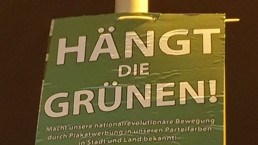 Zöld–neonáci plakátháború zajlik Szászországban