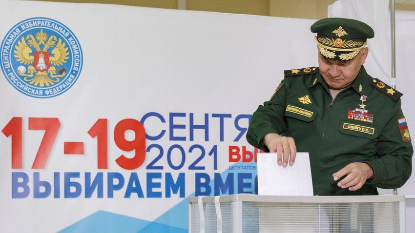 Putyin népszerű, a kormány kevésbé