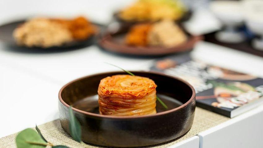 Tipikus magyar fogások, koreai kimchivel