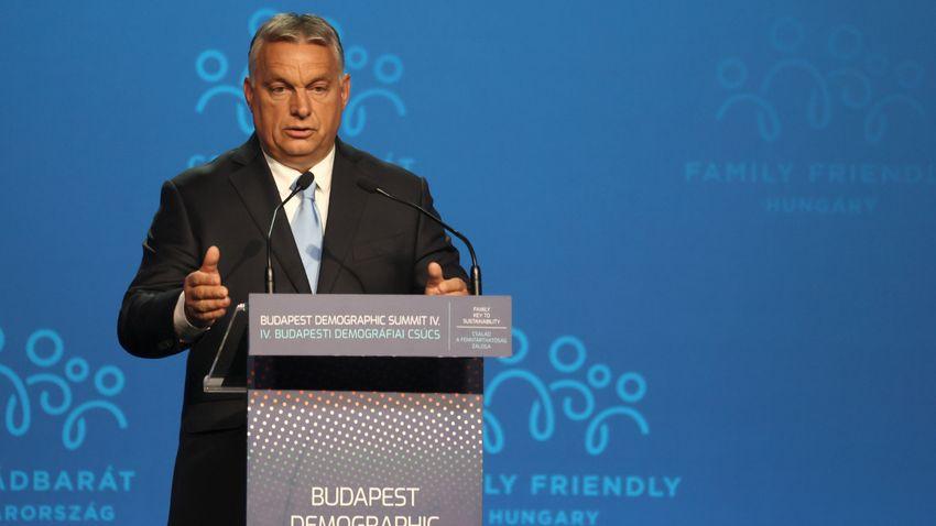 Orbán Viktor: Családvédelmi rendszerünk öt alappilléren áll