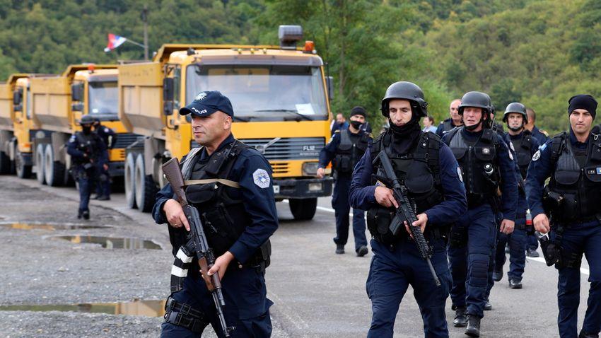 Fokozott a harci készültség a szerb–koszovói határon