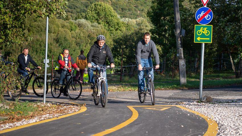Megépült a Budapestet Nagykovácsival összekötő kerékpárút