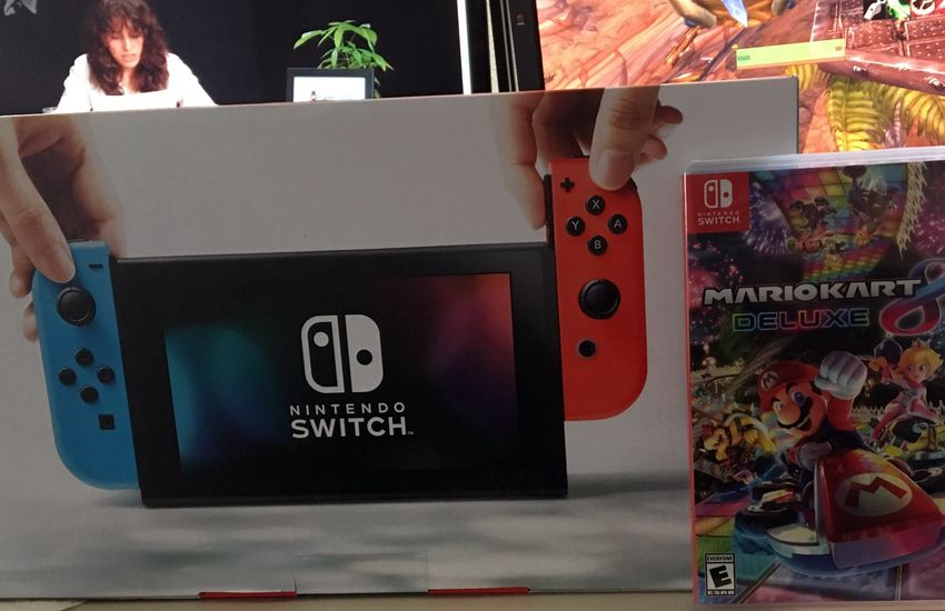 Csökkent Európában a Switch kézikonzol kezdőára