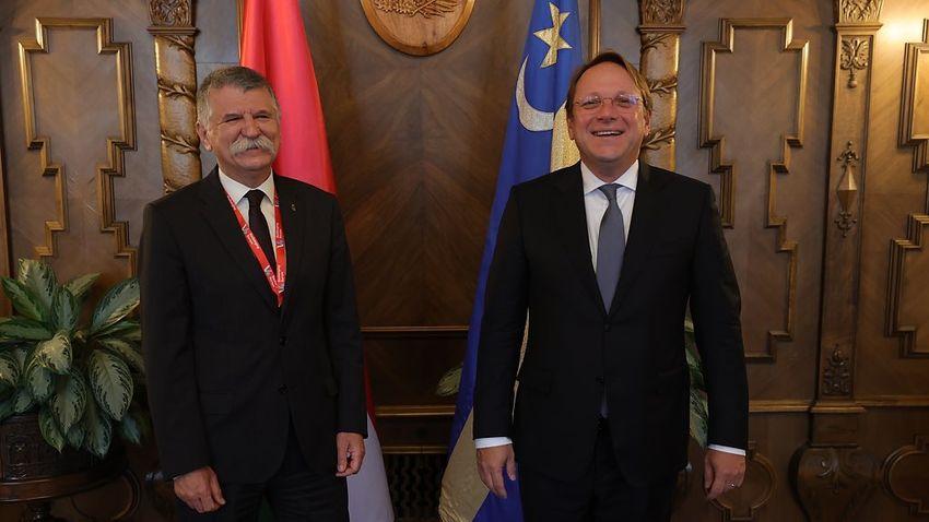 Várhelyi Olivér: A Nyugat-Balkán helye az Európai Unióban van