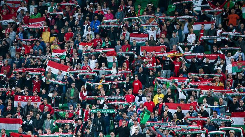 A magyar sportújságírók tiltakoznak a FIFA büntetése és kettős mércéje ellen