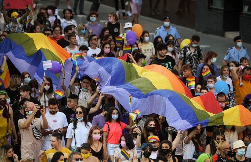 A román ortodox egyház is kikelt az LMBTQ-diktátum ellen