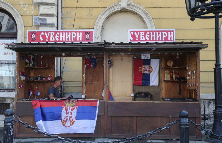 Védenék a cirill írást, de nem sérül a szerbiai magyarok joga