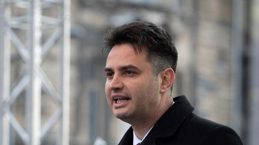 Szájkosárrendelettel akarja elhallgattatni az ellenzékét Márki-Zay Péter
