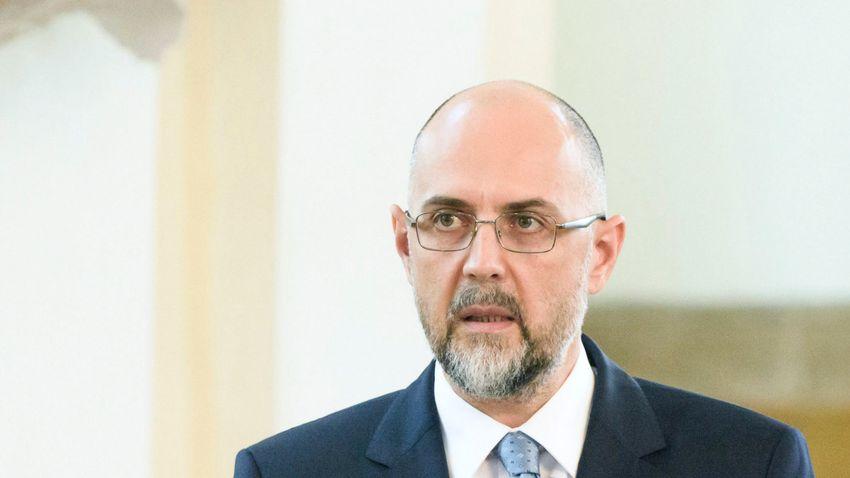 Kelemen Hunor: Nem lehet büntetlenül hátat fordítani a hagyományoknak