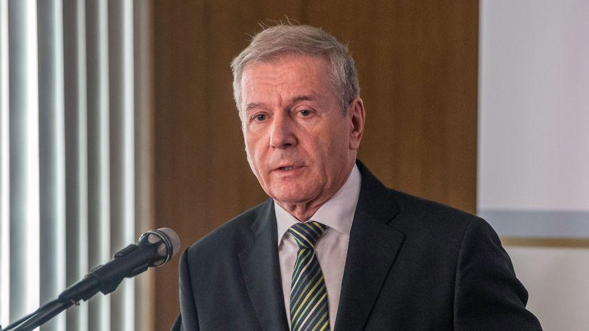 Benkő Tibor: Minden nemzetnek gondoskodnia kell saját biztonságáról